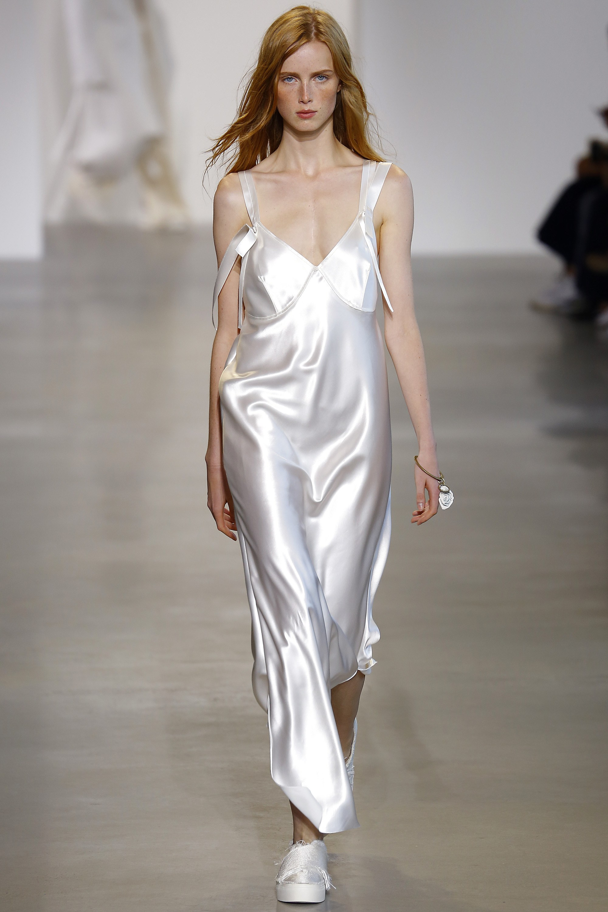 calvin klein night gown trend