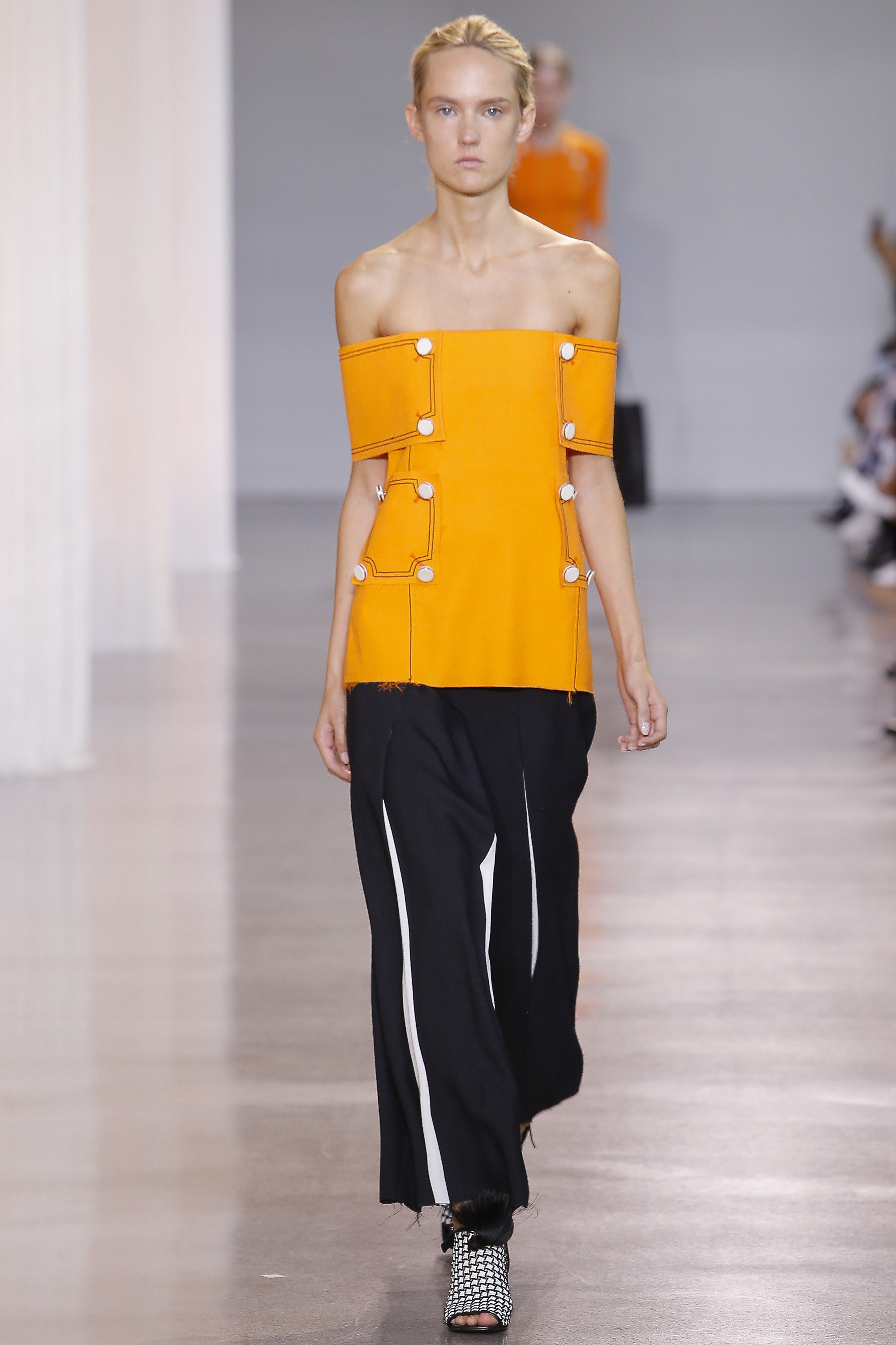edun off shoulder trend