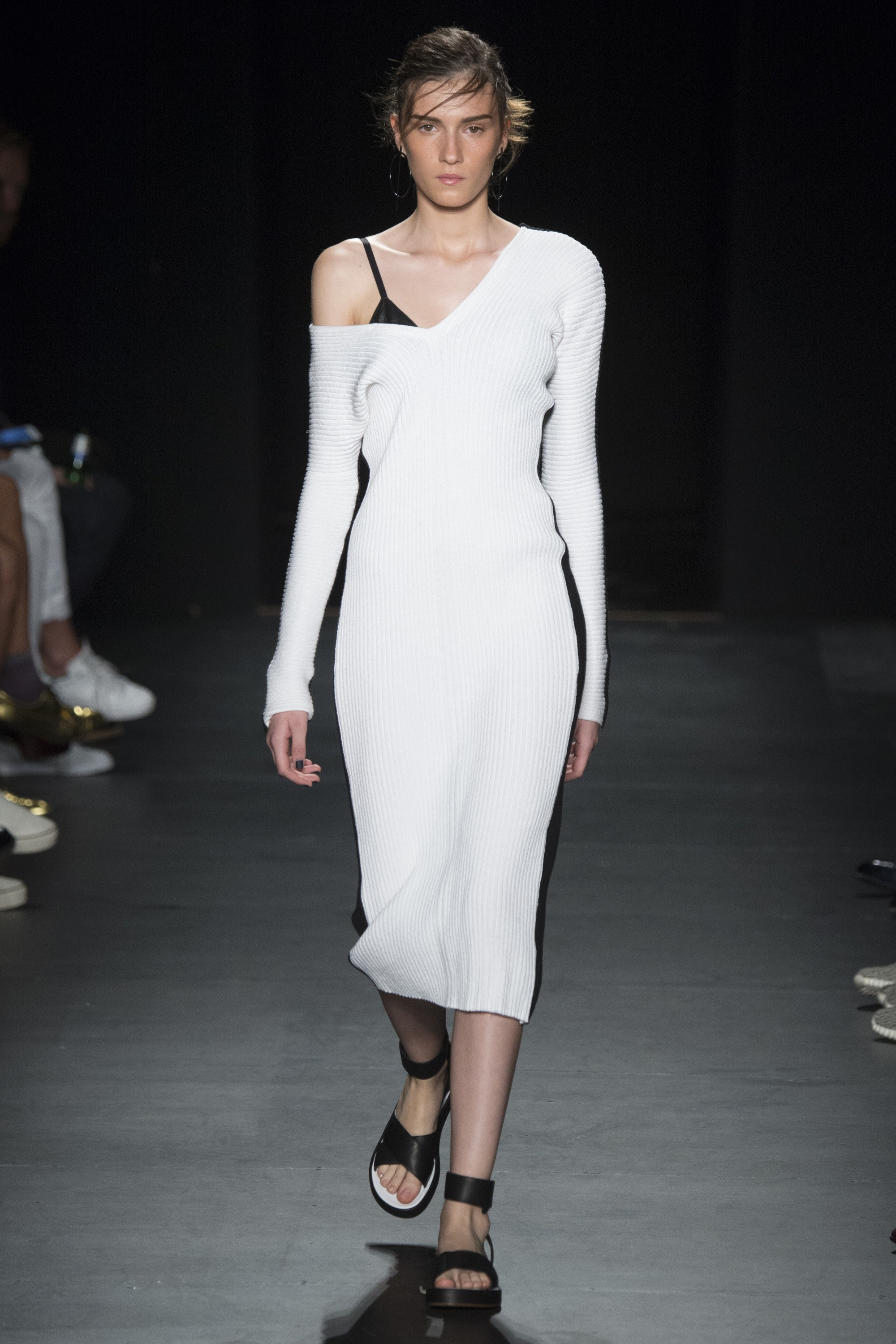 rag & bone off shoulder trend
