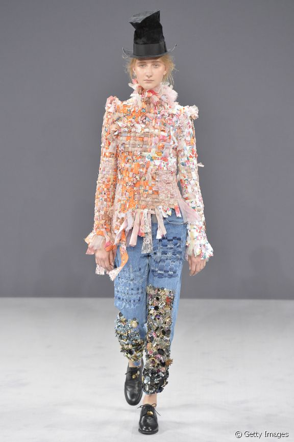 27285-paris-fashion-week-top-fashion-trends-o-576x0-1