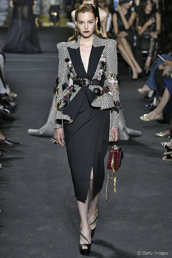 27310-paris-fashion-week-top-fashion-trends-o-576x0-1